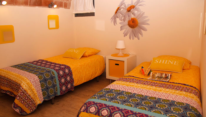Enclusa room - Yellow
